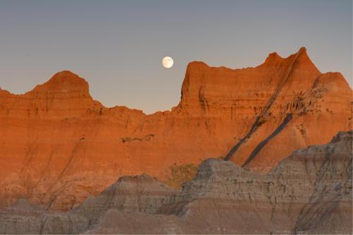 south dakota,badlands,us travel,sunset,moon