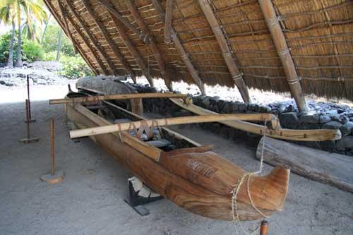 Canoe at Puuhonua o Honaunau National Historical Park