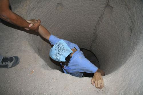 Climbing up through Troglodyte house passages